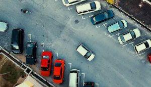 cara parkir aman