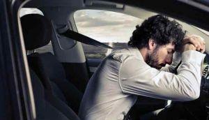 ngantuk-di-mobil-saat-berkendara